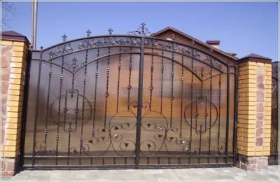 Купить металлические гаражные ворота
